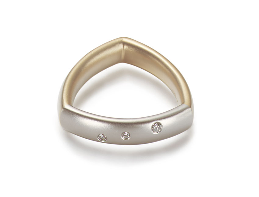 Ring Triangel
